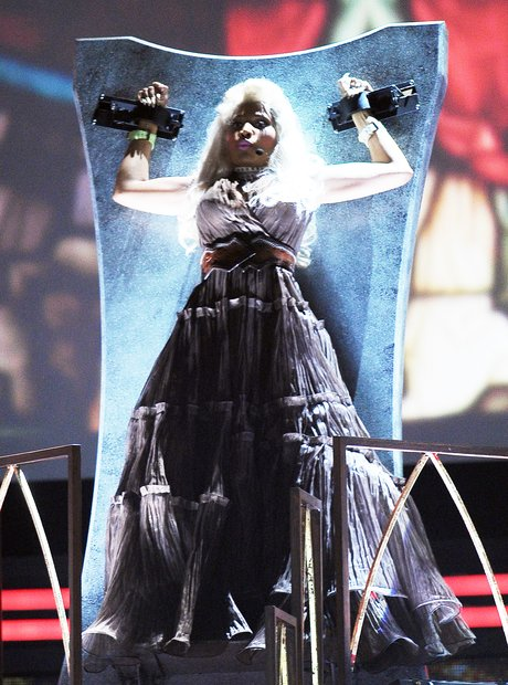 Nicki Minaj perfroms at the 2012 Grammy Awards