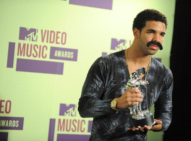 Drake Moustache