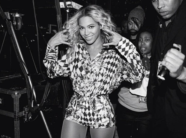 Beyonce backstage instagram