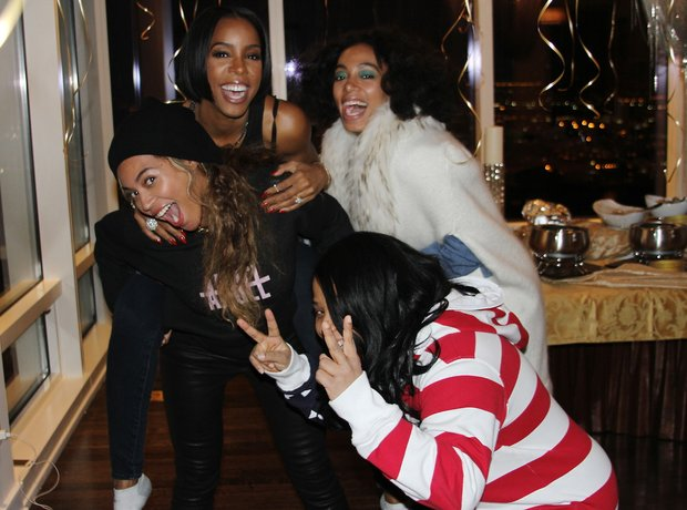 Kelly Rowland 33rd birthday Beyonce