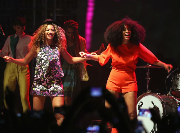 Beyonce and Solange live at Coachella