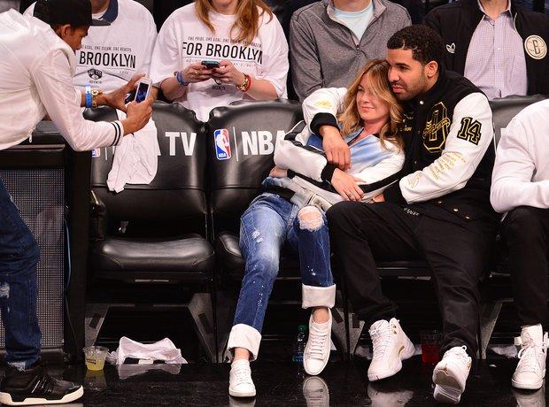 Drake hugs Ellen Pompeo