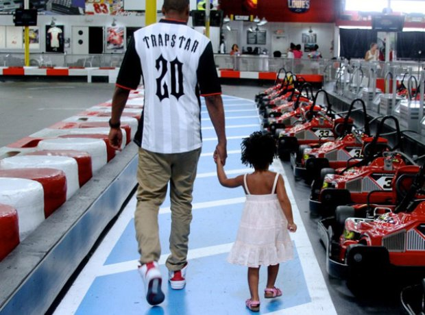 Beyonce and Jay Z Go Karts