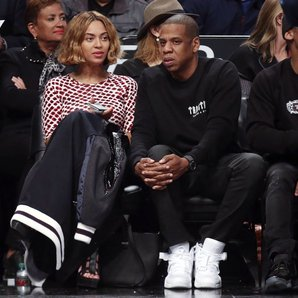 Beyonce and Jay Z  Basketball