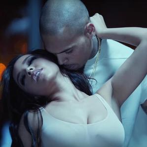 Tinashe and Chris Brown Player video